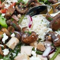 salade-de-riz-au-thon-frais-et-mix-de-légumes.