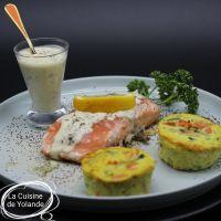 Dos de saumon à la créme au citron et  minis flans de légumes maison.