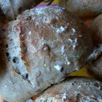 Petits pains aux céréales .