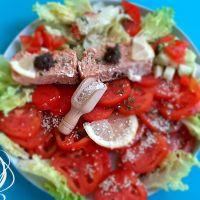Salade fraîcheur mixte et  pain de thon