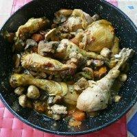 Fricassée de poulet aux champignons.